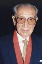 Marco Antonio Corcuera Díaz, gran vate Peruano, nacido en Contumazá-Cajamarca.